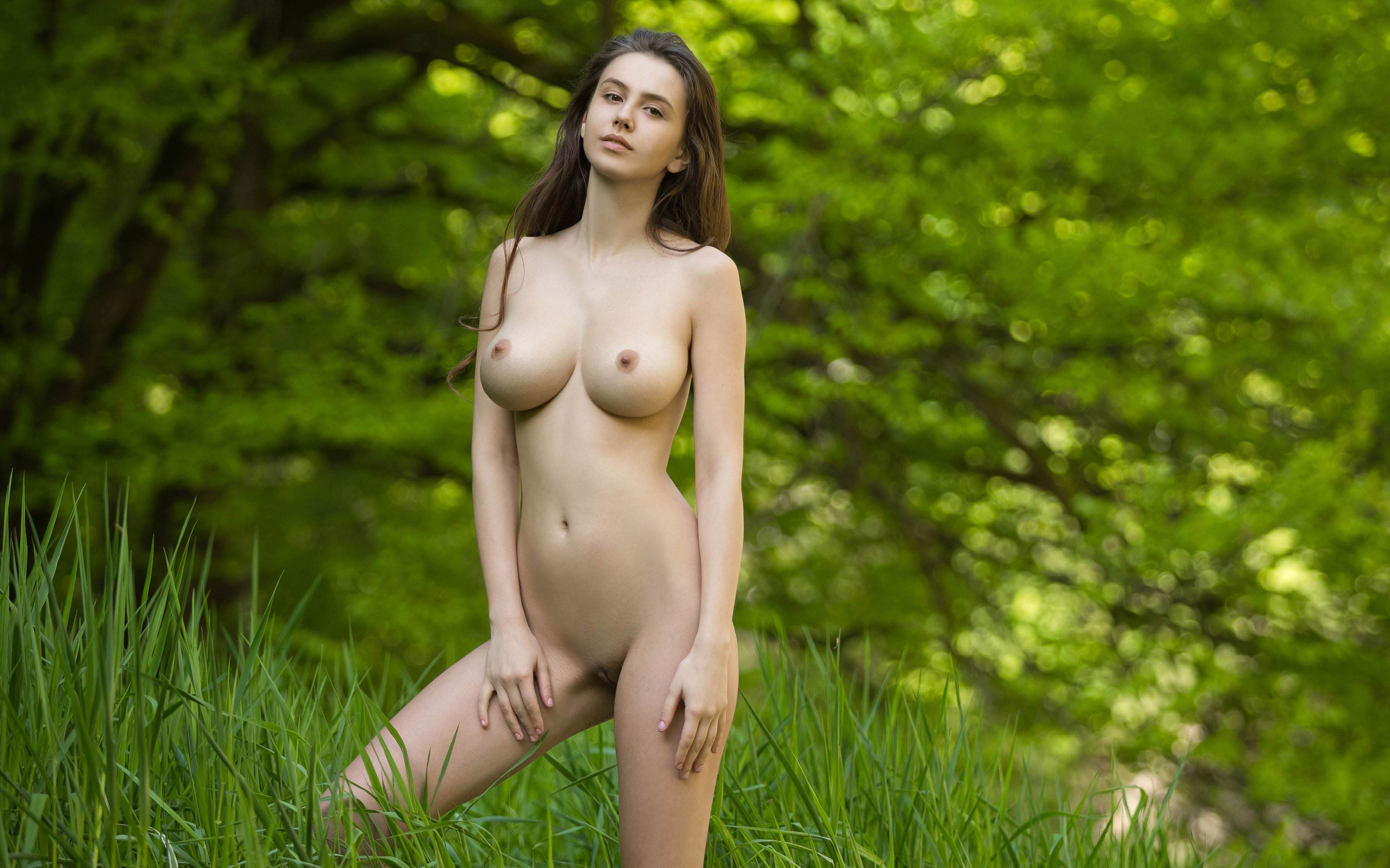 Perfect body naked girls with black hair