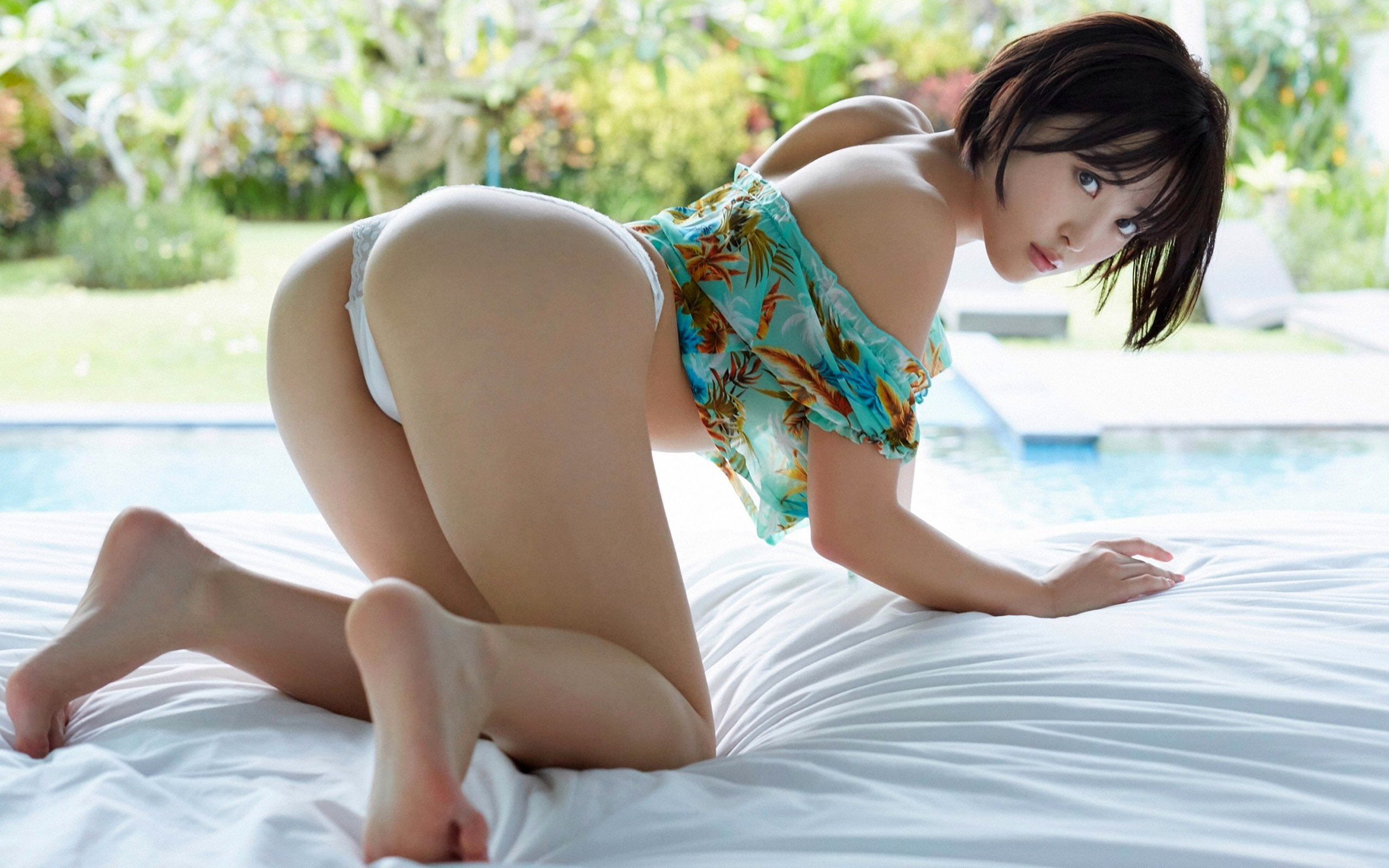 yellowbullet-sexy-asian-girls