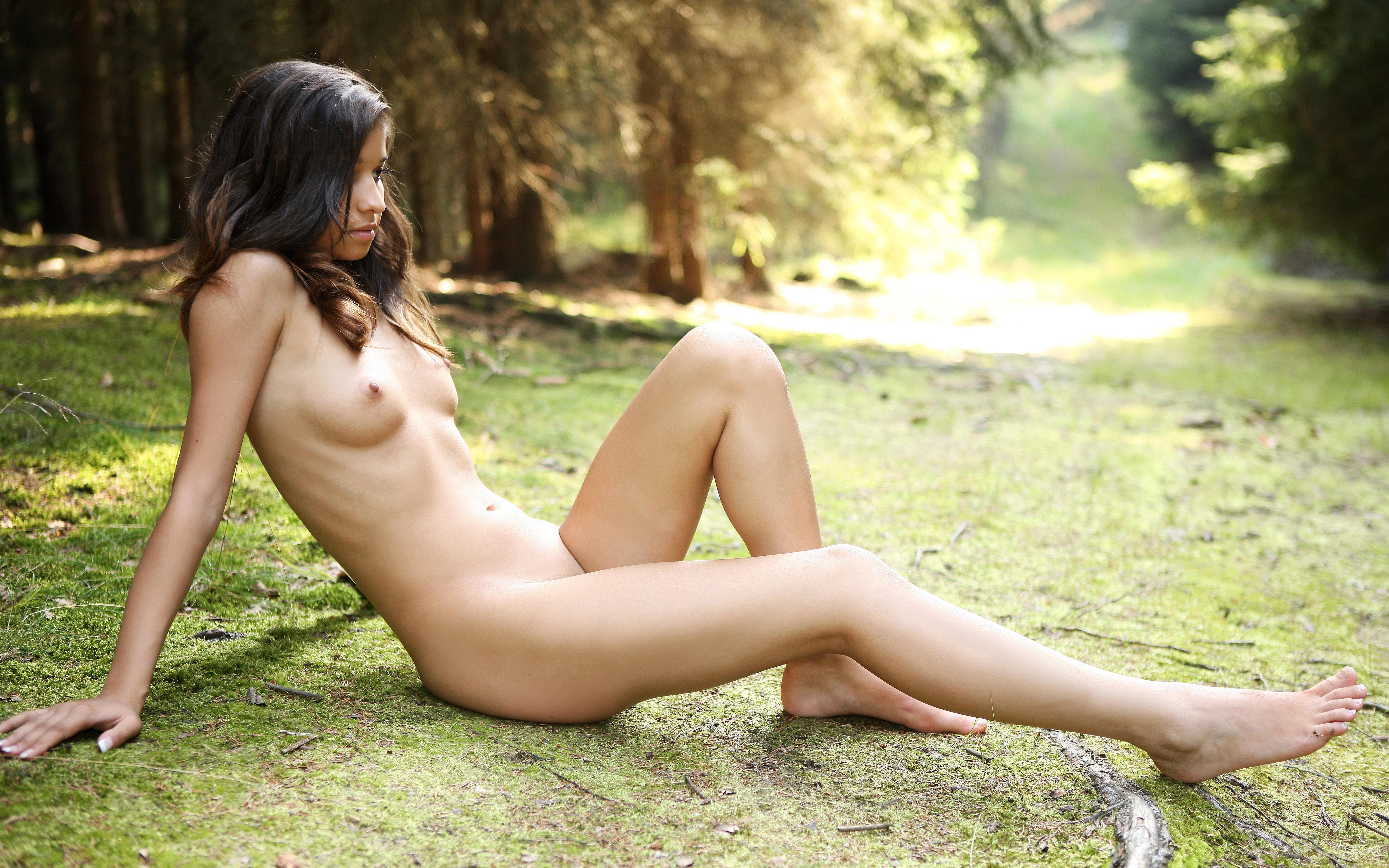 Naked vintage