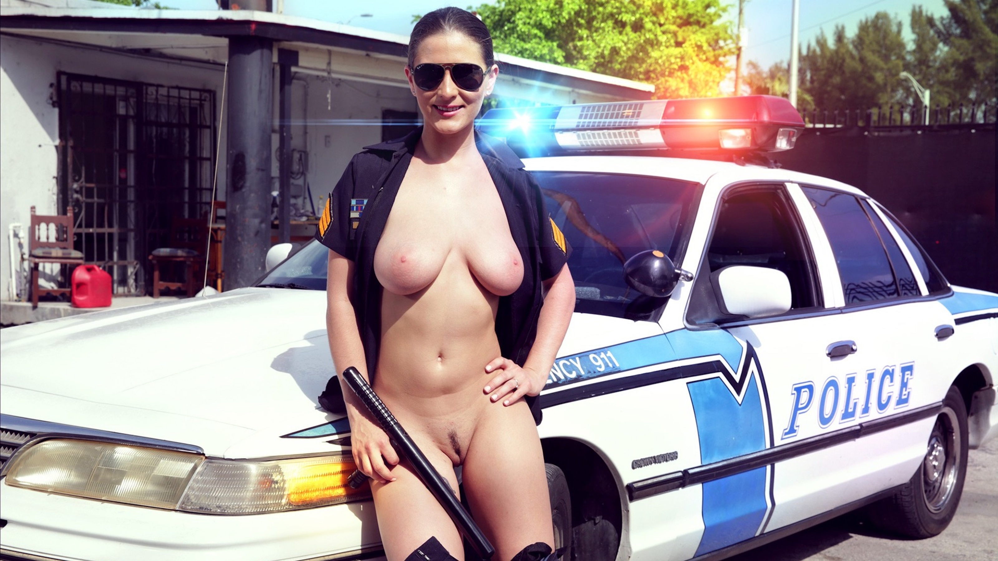 Nude Pictures Cops