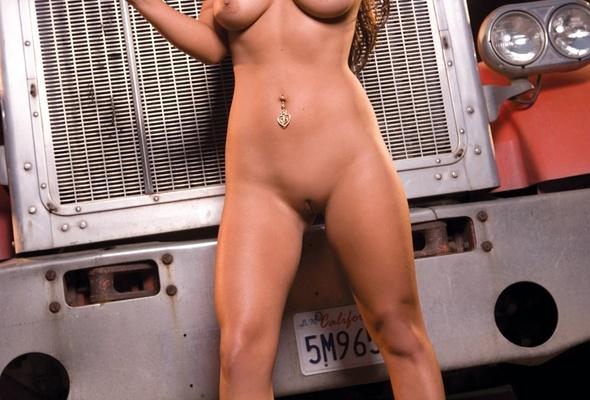 Cristiano ronaldo nude wife