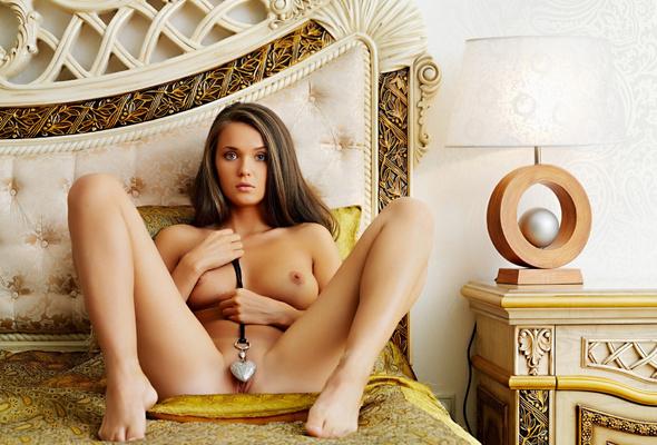 xxx sexy Pose