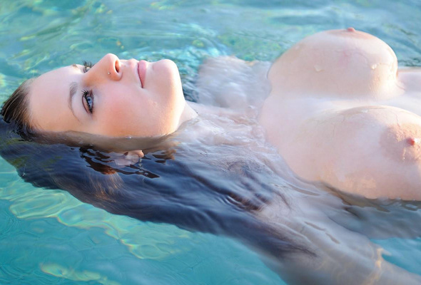 Swimming naked boobs