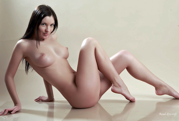 Polina D Naked Nude Pictures 22