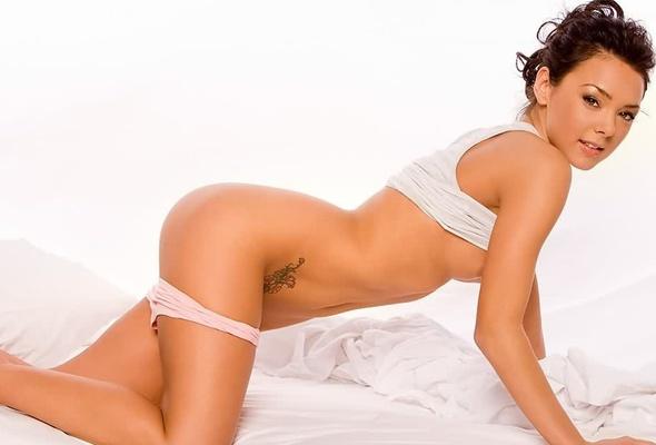 lana tailor nude boobs