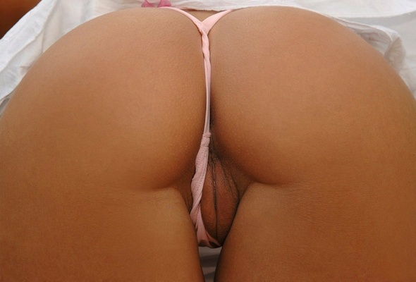 Hot babe labia thong me
