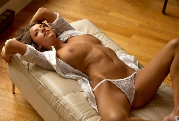 Jessica workman on the couch photo sexy girls
