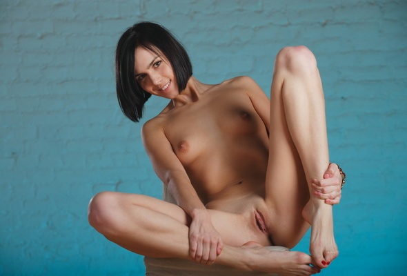 nude flat chested hd