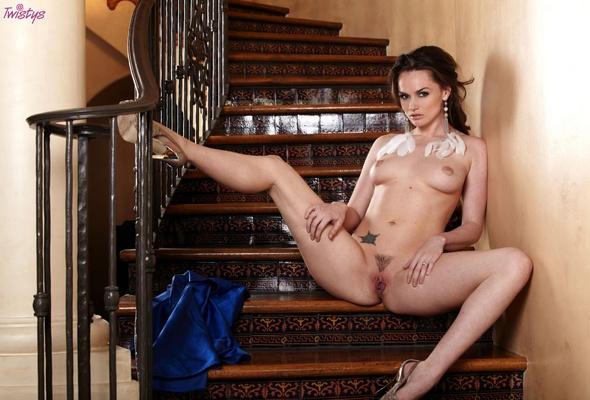 tori black nude