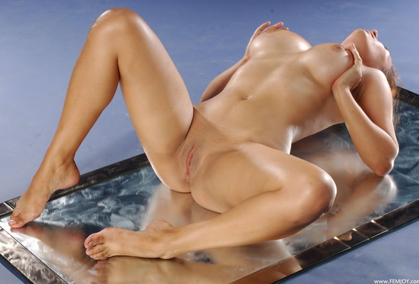 красивое обнаженное женское тело фото