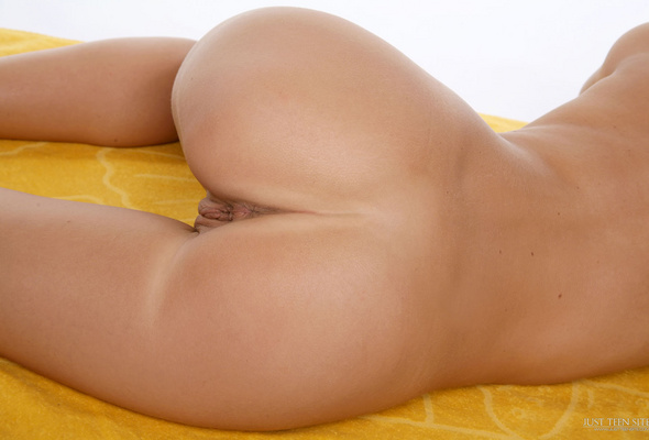 sexy young nude playboys