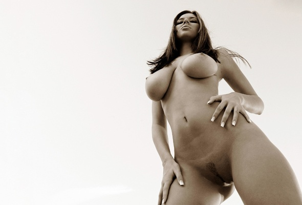 Adele Exarchopoulos black--white naked photos