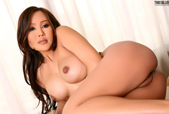 hot asian bitches nude