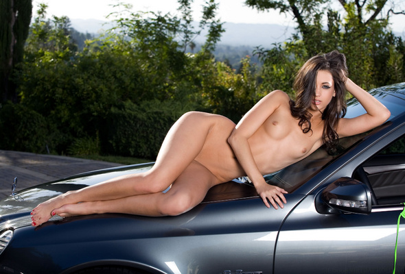 Remarkable, Cars with nude girls on them
