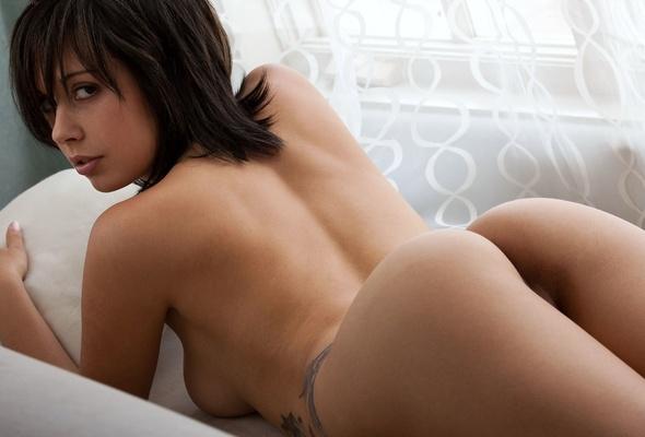 Pretty sexy nude