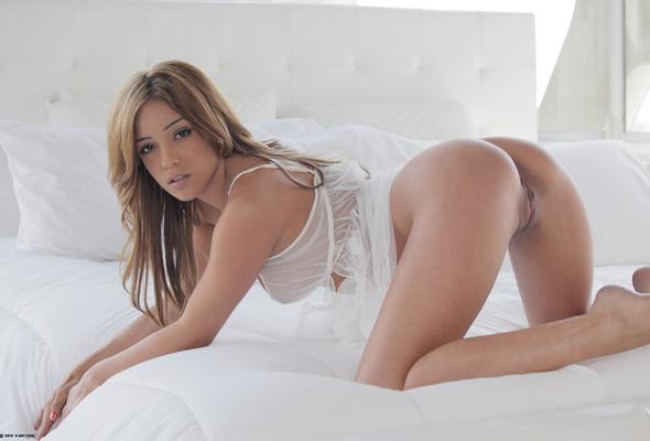 Melanie Jane Rios Lingerie