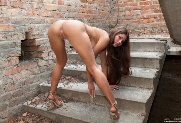 lauren london completely naked