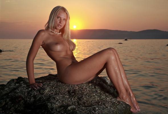 Erotic nude beach photo