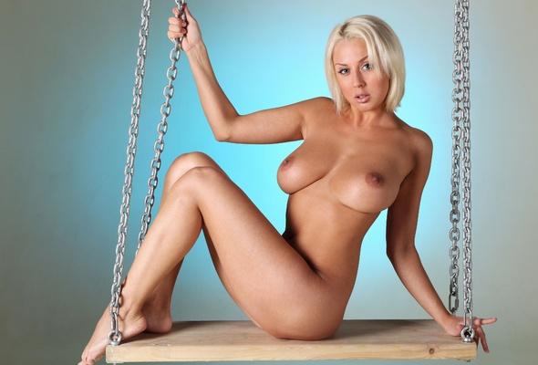 Mandy blue nude