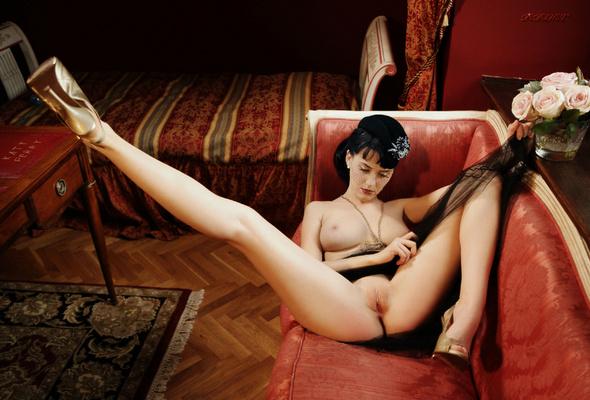 Female Singer Naked Pussy 45