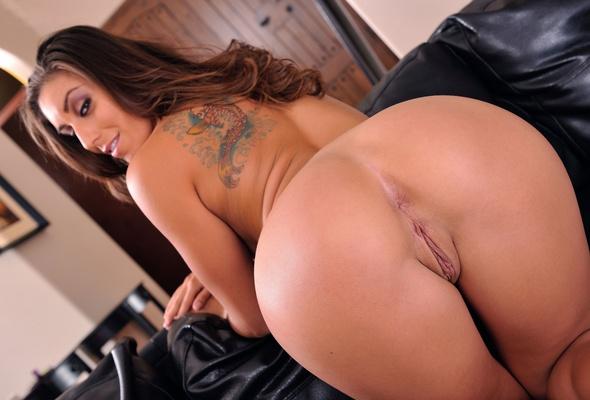 Wet salvadorian girl nude pics
