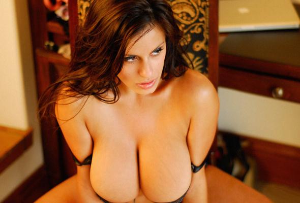 Nude alinka vishenka tits