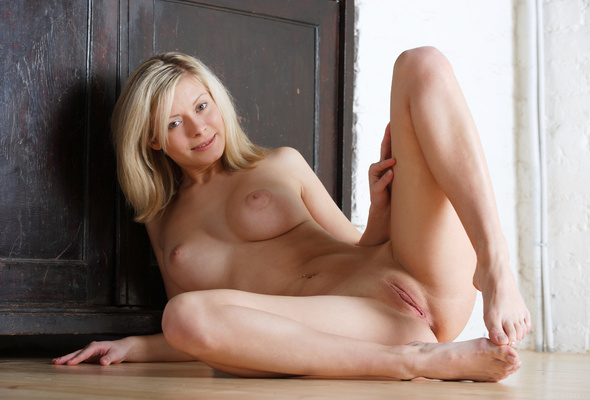 Sexy naked erotic