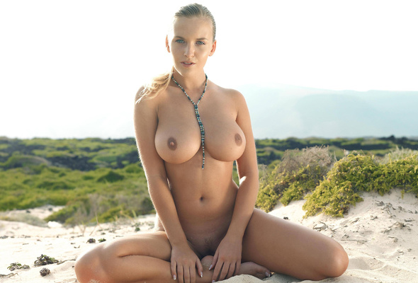 milf big nipple naked