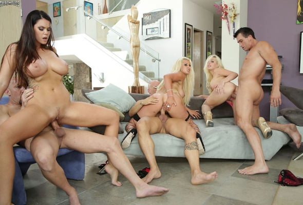 Xxx Young Big Boom Group Sex Photo