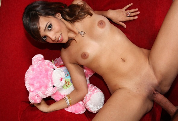Asian schoolgirl pussy pics