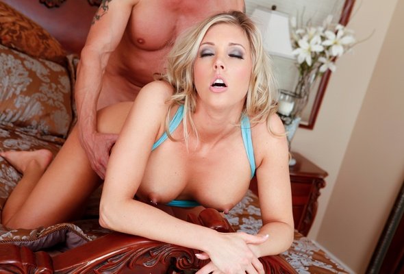 The Hot sex big boods fuck pic