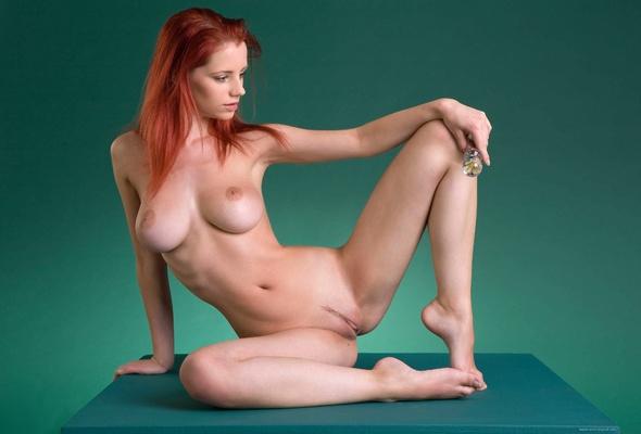 Ariel nude model