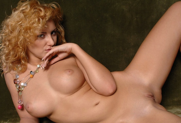 Curly hair redhead roommate nude