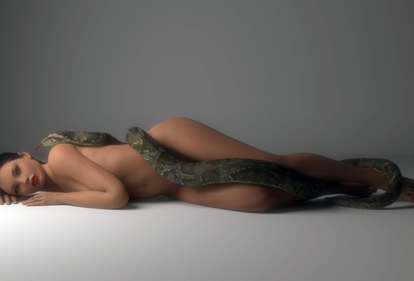 nude girl with snakes