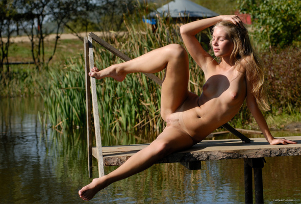 Puffy Nipples Outdoor Young Thin Blonde Shaved Pussy Wallpaper