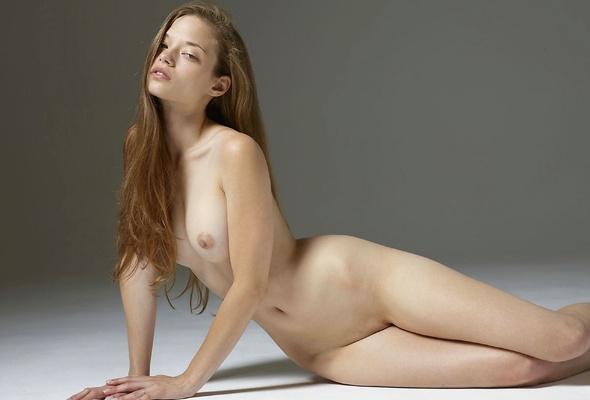 brunette xxx russian beautiful