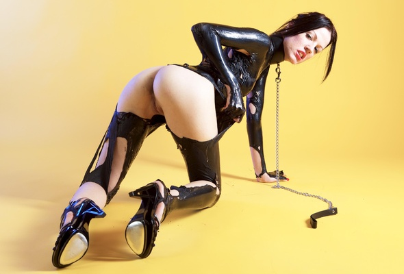 Liquid latex nude pictures at EveKnows page 2