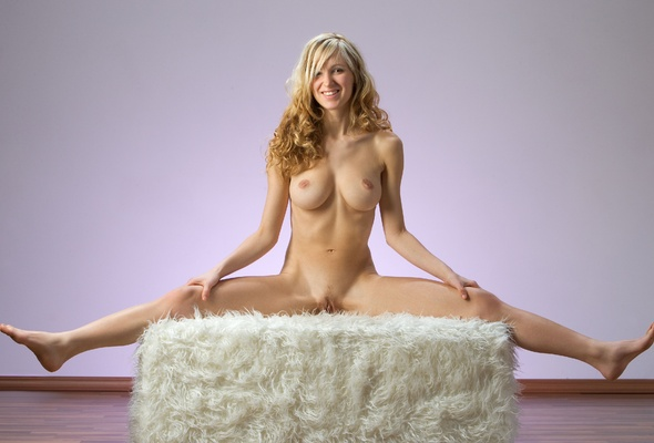 Opinion corinna nude model blonde