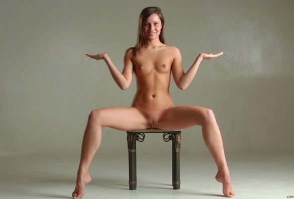 Av Nudes