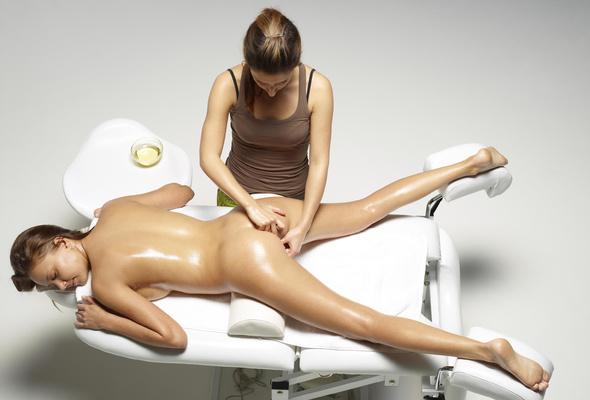 nude massage c-date erfaringer