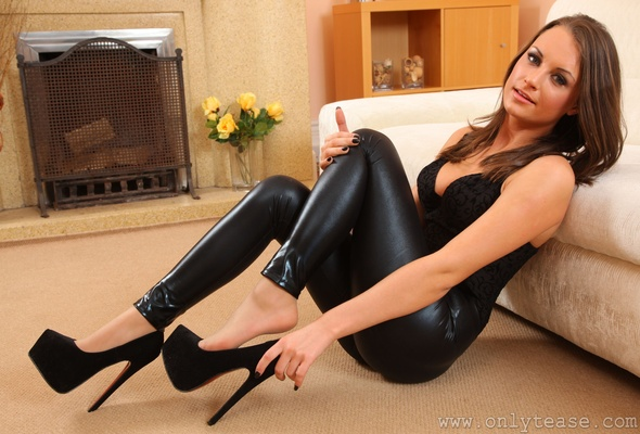 brunette milf is looking so sexy wearing black leather clothes  141990