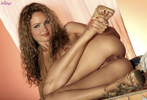 Met art blonde beach naked