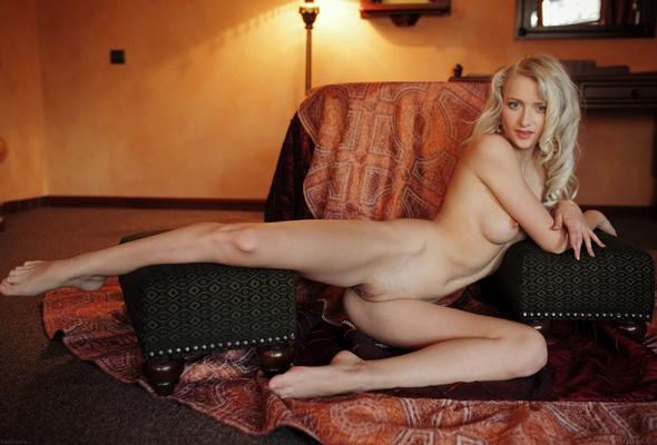 nika blond фото бесплатно