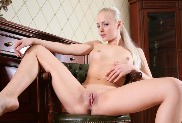 arnold vosloo naked with hard dick
