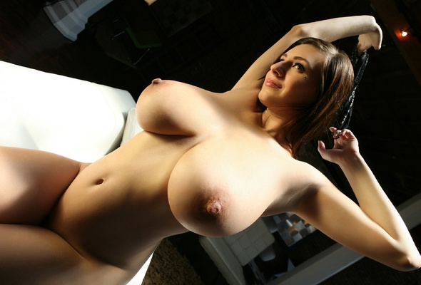 carrino model big boobs huge tits large breasts sexy nude hot