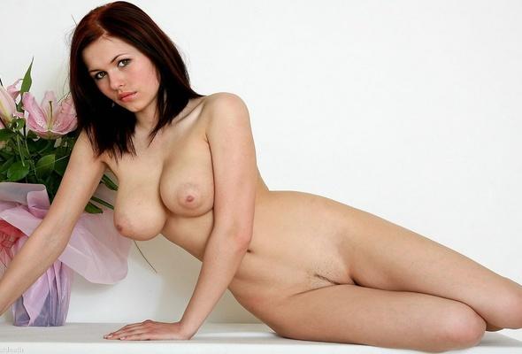 polish-glamour-model-eva-pussy-shots-party-sex-shower