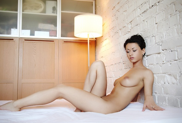 Womens beautiful asian nude grils