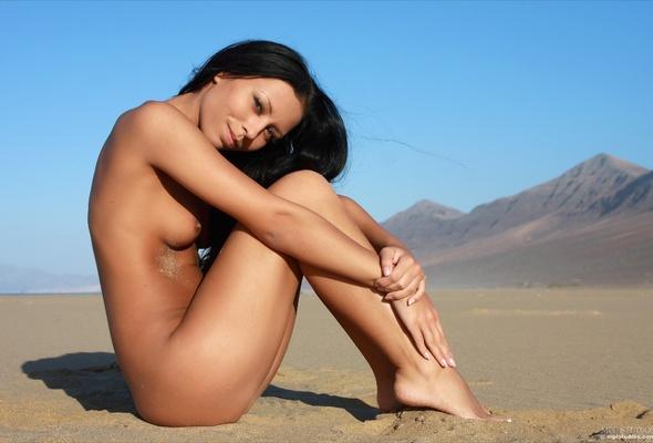 Naked girl desert