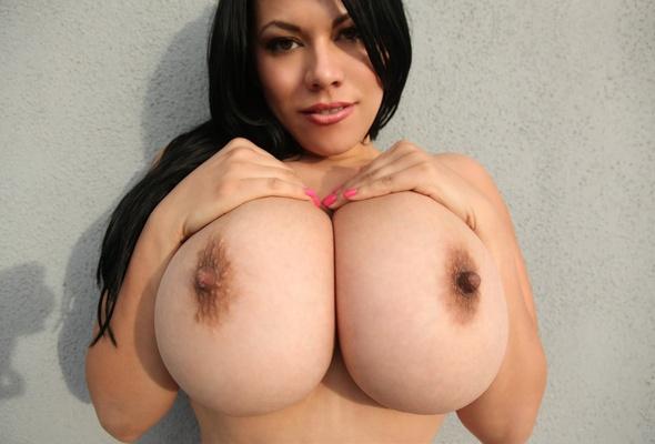 Ftv girl saima nude