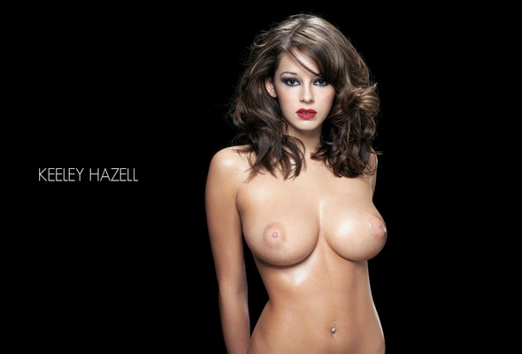 sexy-busty-auburn-haired-nude